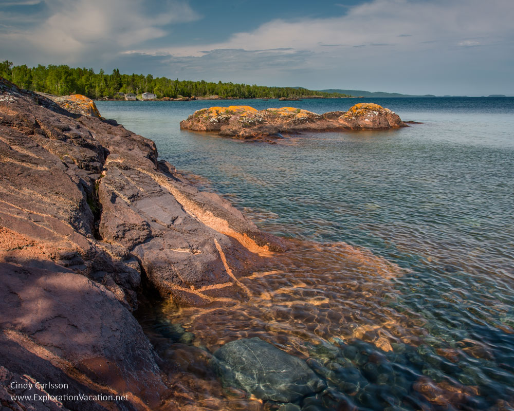 rocky outcropping along Lake Superior