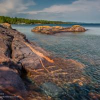 rocky outcropping along Lake Superior