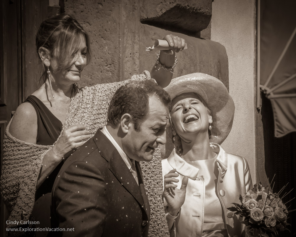 Bride and groom after the wedding in Orvieto Italy - Playing with Photography